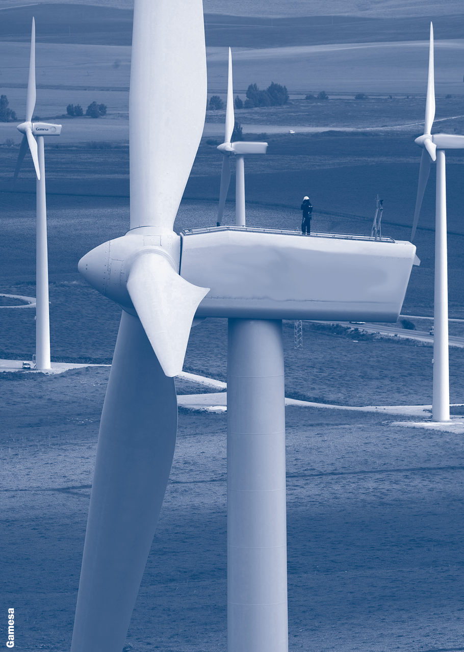 Large commercial wind turbines